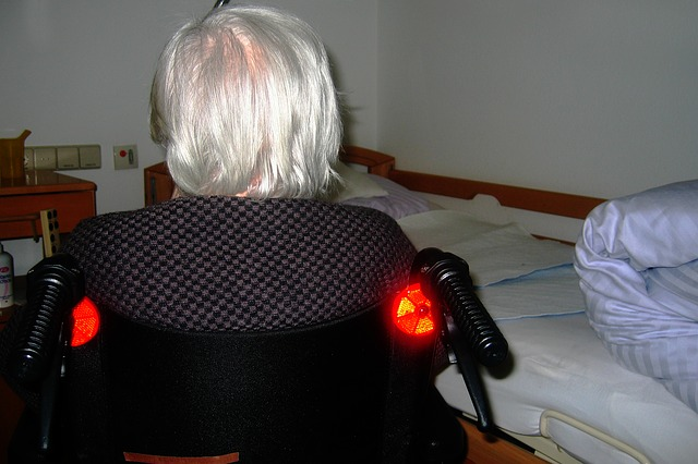 člověk na vozíku