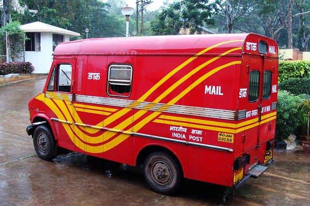 dodávka s poštou