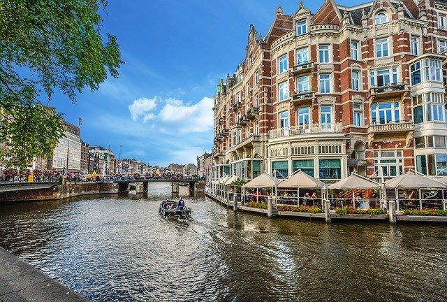 Perly Holandska – Amsterdam a Rotterdam
