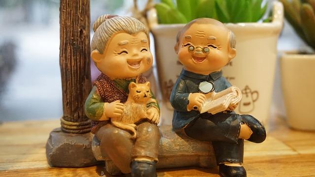 figurky seniorů