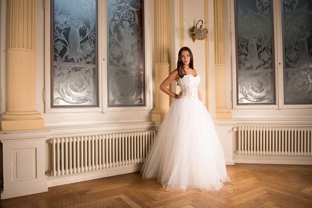 Svatební šaty pro princezny i vévodkyně!